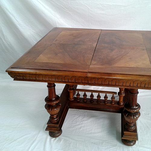 Old walnut dining table restoration